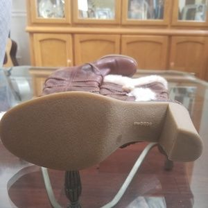 BCBG Shoes - LIKE NEW BCBG cognac, fur trimmed, toggle boot